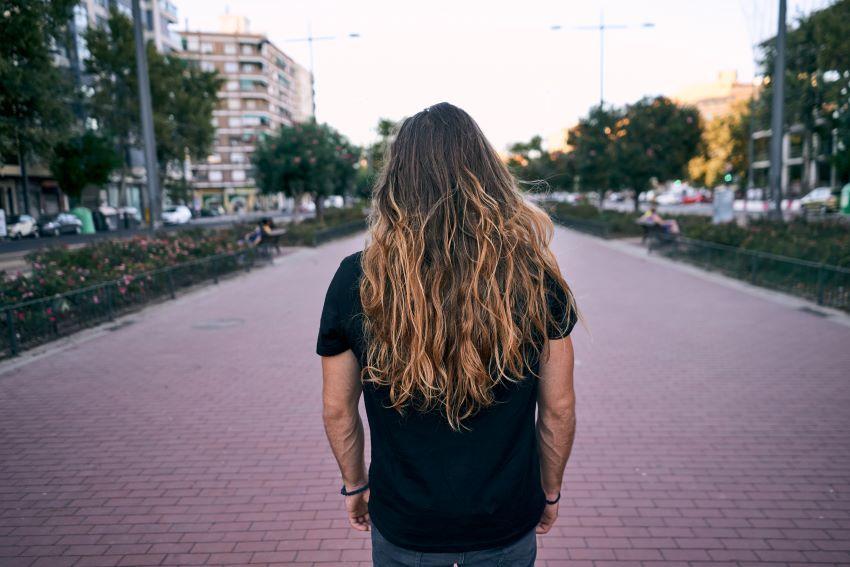 Cómo dejarse el pelo largo